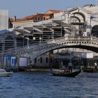 Only The Brave engages in the restoration of Venice's Rialto bridge